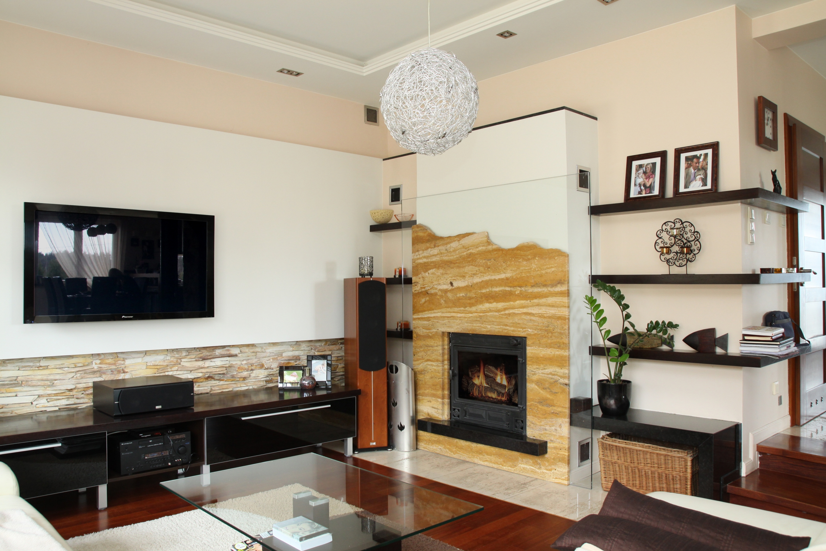 moderner kamin wasserf hrend wa04 mit montage. Black Bedroom Furniture Sets. Home Design Ideas